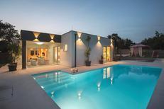 Maison de vacances 1399151 pour 8 personnes , Bijazici