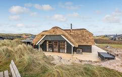 Vakantiehuis 140873 voor 6 personen in Årgab
