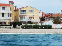 Ferienwohnung 1401080 für 4 Personen in Zadar