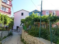 Rekreační dům 1401953 pro 5 dospělí + 1 dítě v Miholascica