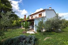 Ferienhaus 1401986 für 6 Personen in Pašman