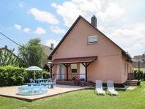 Holiday apartment 1402731 for 5 persons in Balatonmariafürdö