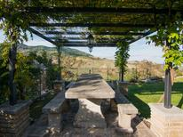 Vakantiehuis 1403106 voor 2 personen in Petrella Guidi