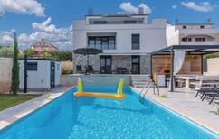 Vakantiehuis 1403776 voor 10 personen in Kornic