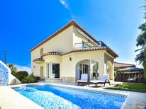 Holiday home 1405827 for 8 persons in Dénia
