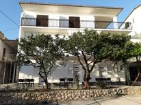 Holiday apartment 1406108 for 10 persons in Podgora