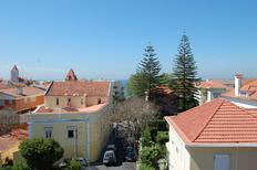 Ferienwohnung 1406611 für 9 Personen in Estoril