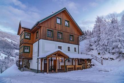 Gemütliches Ferienhaus : Region Steiermark für 15 Personen