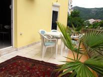 Ferienwohnung 1408499 für 4 Personen in Budva