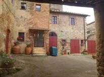 Appartement 1408609 voor 10 personen in La Villa