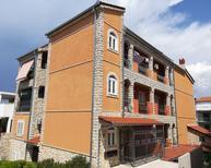 Ferienwohnung 1410432 für 3 Personen in Split