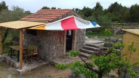 Casa de vacaciones 1410535 para 2 personas en Pašman
