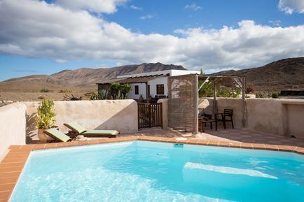 Gemütliches Ferienhaus : Region Pared für 4 Personen