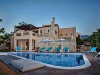 Vakantiehuis 1411603 voor 10 personen in Roussospiti