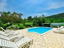 Rekreační byt 1411611 pro 4 osoby v Supetarska Draga