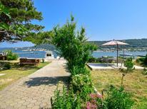 Ferienwohnung 1411614 für 2 Personen in Supetarska Draga