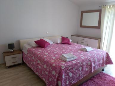 Für 8 Personen: Hübsches Apartment / Ferienwohnung in der Region Makarska