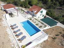 Villa 1412552 per 5 persone in Blato