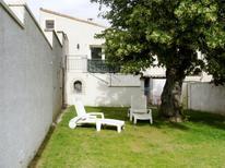Ferienhaus 1412580 für 4 Personen in Valréas