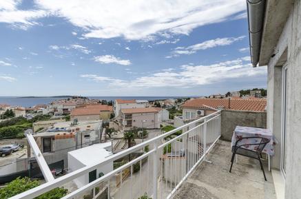 Für 8 Personen: Hübsches Apartment / Ferienwohnung in der Region Primosten