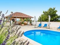 Vakantiehuis 1414508 voor 10 personen in Drage
