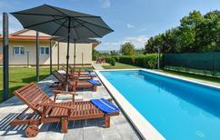 Ferienhaus 1414714 für 7 Personen in Lučane