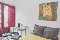 Appartement 1415345 voor 2 personen in Porto