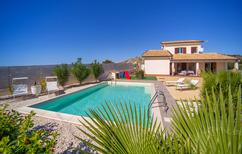 Vakantiehuis 1415658 voor 4 volwassenen + 2 kinderen in Realmonte