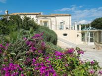 Maison de vacances 1417478 pour 8 personnes , Donnalucata