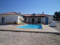 Ferienhaus 1417703 für 6 Personen in Vale da Telha