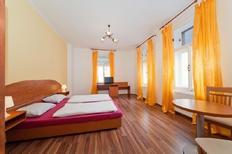 Ferienwohnung 1418072 für 4 Personen in Prag 7-Troja, Holešovice, Bubeneč
