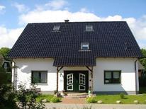 Ferienwohnung 1418354 für 5 Personen in Ostseebad Binz