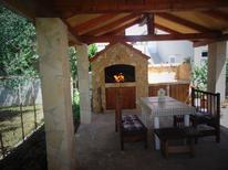 Ferienwohnung 1418679 für 4 Personen in Privlaka