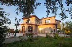 Vakantiehuis 1419486 voor 11 volwassenen + 1 kind in Kyrenia