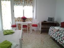 Ferienwohnung 1420863 für 4 Erwachsene + 1 Kind in Neapel