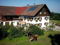 Ferienwohnung 1420886 für 6 Personen in Opfenbach