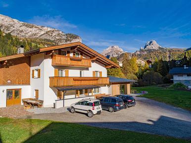 Gemütliches Ferienhaus : Region Südtirol für 19 Personen