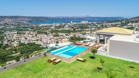 Vakantiehuis 1422870 voor 6 volwassenen + 4 kinderen in Chania