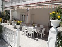 Ferienwohnung 1423209 für 9 Personen in Palit