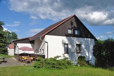 Maison de vacances 1425423 pour 10 personnes , Smrzovka