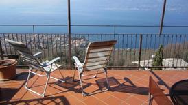 Ferienwohnung 1425750 für 4 Personen in Torri del Benaco