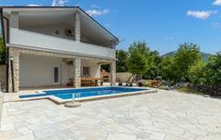 Villa 1427302 per 10 persone in Ledenice