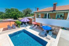 Vakantiehuis 1427999 voor 8 personen in Tinjan