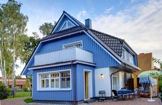 Villa 1428196 per 6 persone in Zingst