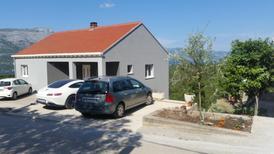 Ferienwohnung 1429155 für 3 Personen in Zrnovo