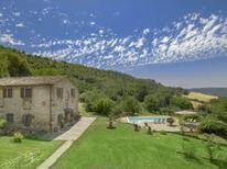 Vakantiehuis 1429386 voor 10 personen in San Vito di Narni