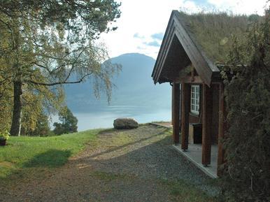 Gemütliches Ferienhaus : Region Nordfjord für 9 Personen