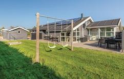 Ferienhaus 143869 für 12 Personen in Hasmark Strand
