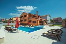 Ferienhaus 1430148 für 14 Personen in Pula