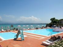 Semesterhus 1431699 för 4 personer i Peschiera del Garda